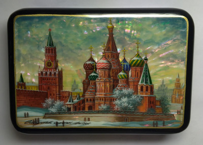 130x90mm Moscow Snt Basil Cathedral and Red Square hand painted papier-mache lacquered Jewelry Box (by Tatiana Crafts)