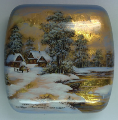 100x100mm Russian Winter hand painted lacquered jewelery box (by Tatiana Shkatulka Crafts)