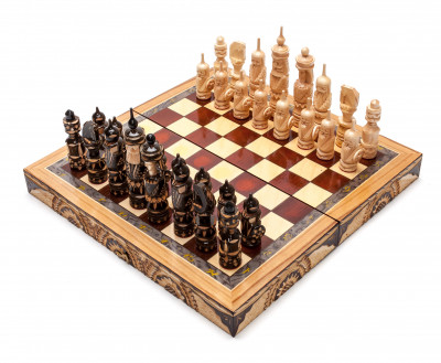 300x300 mm Hand Carved Chess Pieces on Inlaid Wood Board Box (by Fyodor Chess Workshop)