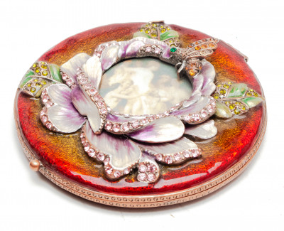 70 mm Lily with a Picture Red Compact Mirror