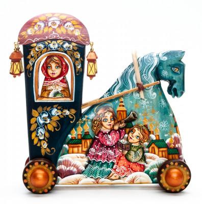 160 mm Carriage with hand painted Angels World Wooden Statue (by Vladislav Toys)