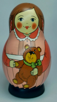 125 mm Mother with Toy Bear hand painted Traditional Russian Wooden Matryoshka doll 5 pcs (by Igor Malyutin)