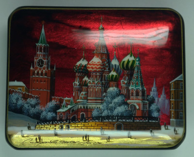 100x80mm Moscow Snt Basil Cathedral and Red Square hand painted lacquered jewelery box (by Tatiana Shkatulka Crafts)